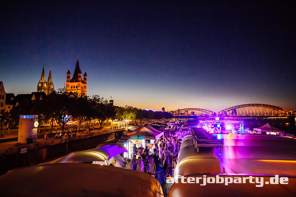 """Foto-Galerie: Sommerparty """"Ibiza"""" auf dem Rhein vom 27.06.19 in Köln."""