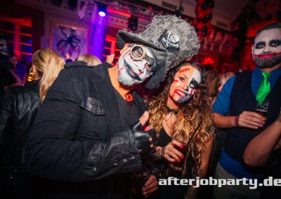 2019-10-31-Halloween-AfterJobParty-offenblende-NK-10