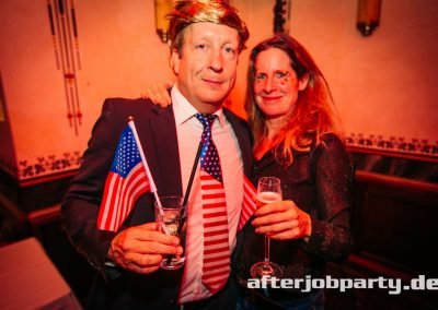 2019-10-31-Halloween-AfterJobParty-offenblende-NK-100