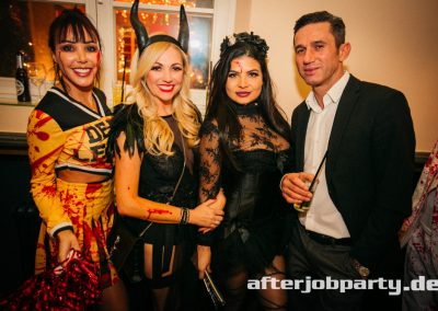 2019-10-31-Halloween-AfterJobParty-offenblende-NK-101