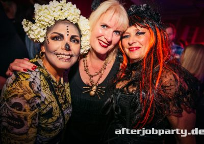 2019-10-31-Halloween-AfterJobParty-offenblende-NK-104