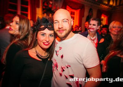 2019-10-31-Halloween-AfterJobParty-offenblende-NK-105