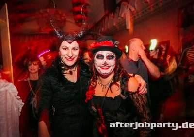 2019-10-31-Halloween-AfterJobParty-offenblende-NK-106