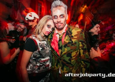 2019-10-31-Halloween-AfterJobParty-offenblende-NK-107