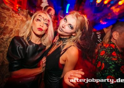 2019-10-31-Halloween-AfterJobParty-offenblende-NK-110