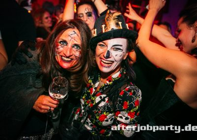 2019-10-31-Halloween-AfterJobParty-offenblende-NK-117