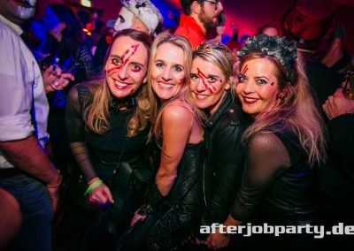 2019-10-31-Halloween-AfterJobParty-offenblende-NK-119
