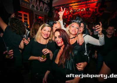 2019-10-31-Halloween-AfterJobParty-offenblende-NK-121