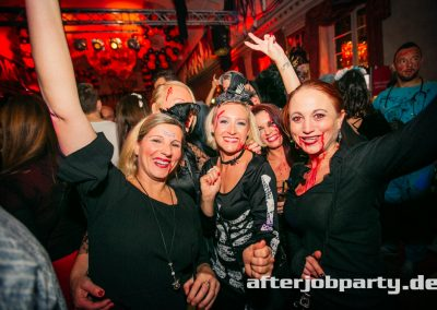 2019-10-31-Halloween-AfterJobParty-offenblende-NK-126