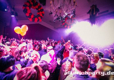 2019-10-31-Halloween-AfterJobParty-offenblende-NK-132