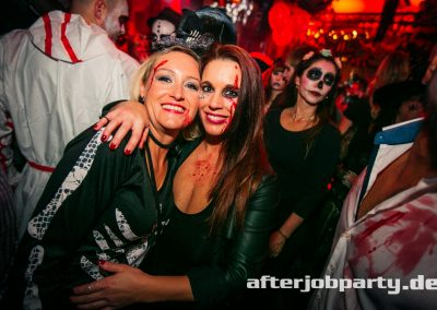 2019-10-31-Halloween-AfterJobParty-offenblende-NK-138