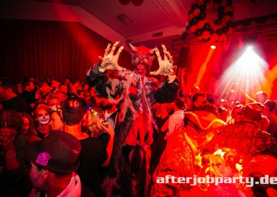 2019-10-31-Halloween-AfterJobParty-offenblende-NK-141