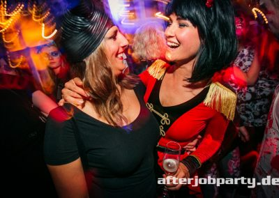 2019-10-31-Halloween-AfterJobParty-offenblende-NK-145