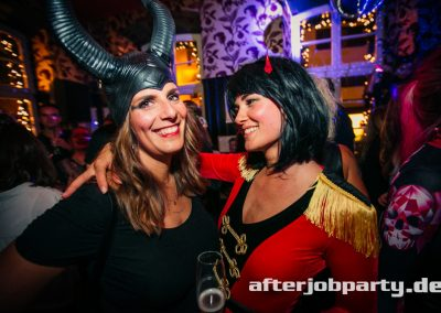 2019-10-31-Halloween-AfterJobParty-offenblende-NK-146