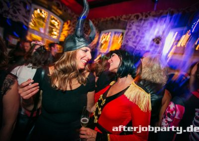 2019-10-31-Halloween-AfterJobParty-offenblende-NK-151
