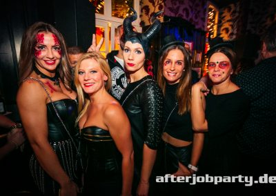 2019-10-31-Halloween-AfterJobParty-offenblende-NK-152