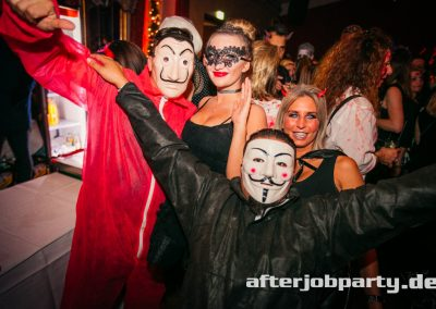 2019-10-31-Halloween-AfterJobParty-offenblende-NK-158