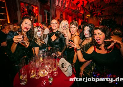 2019-10-31-Halloween-AfterJobParty-offenblende-NK-159