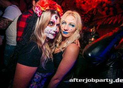 2019-10-31-Halloween-AfterJobParty-offenblende-NK-163
