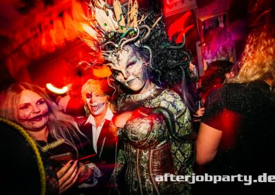 2019-10-31-Halloween-AfterJobParty-offenblende-NK-166