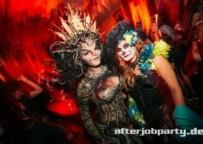 2019-10-31-Halloween-AfterJobParty-offenblende-NK-167