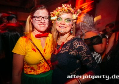 2019-10-31-Halloween-AfterJobParty-offenblende-NK-168