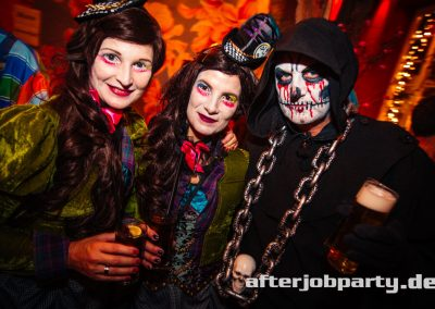 2019-10-31-Halloween-AfterJobParty-offenblende-NK-17