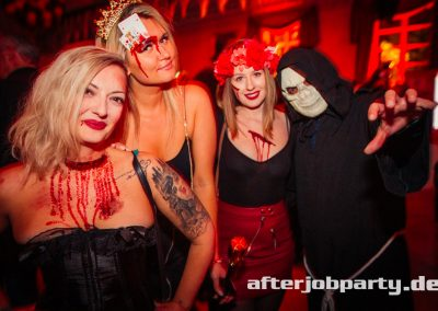 2019-10-31-Halloween-AfterJobParty-offenblende-NK-2