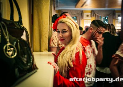 2019-10-31-Halloween-AfterJobParty-offenblende-NK-21