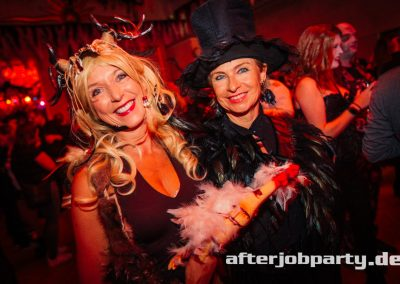 2019-10-31-Halloween-AfterJobParty-offenblende-NK-3
