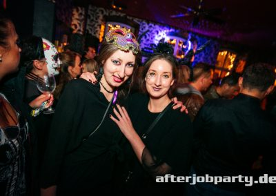 2019-10-31-Halloween-AfterJobParty-offenblende-NK-33