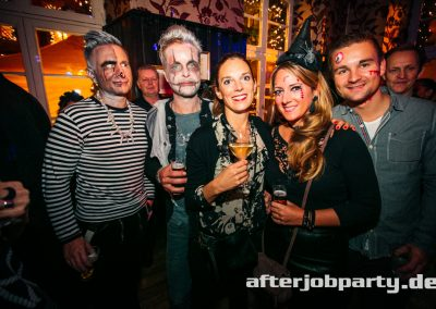 2019-10-31-Halloween-AfterJobParty-offenblende-NK-36