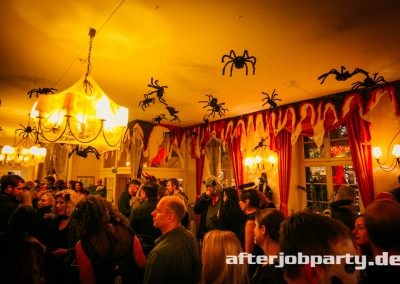 2019-10-31-Halloween-AfterJobParty-offenblende-NK-37