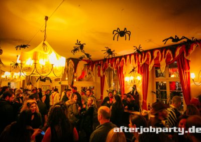 2019-10-31-Halloween-AfterJobParty-offenblende-NK-39