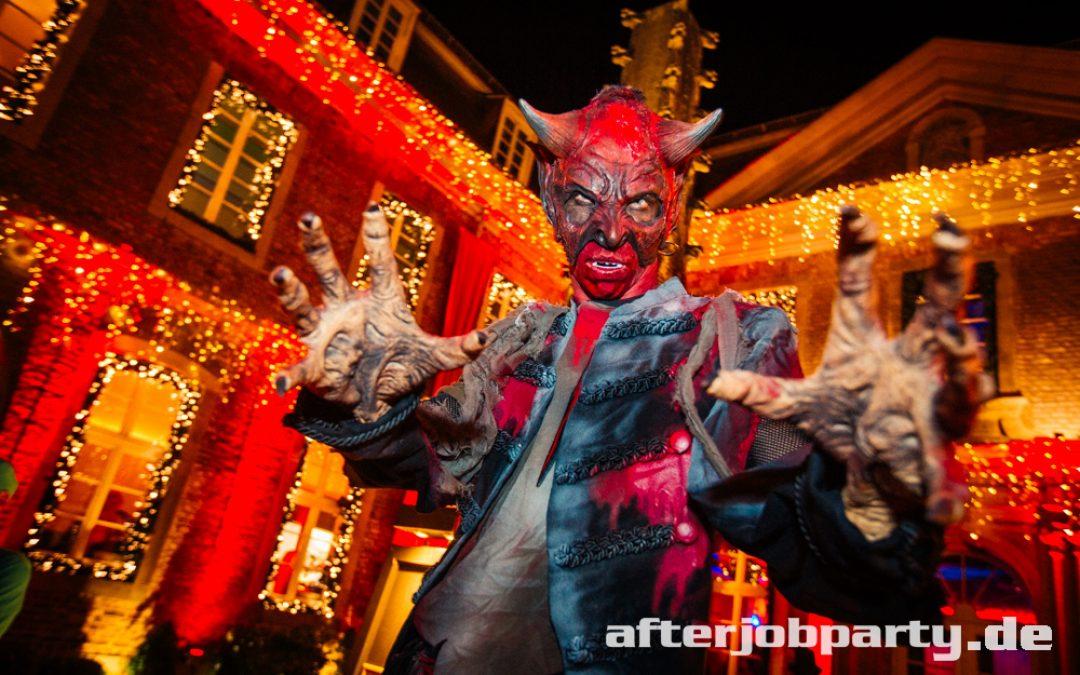 Halloween AfterJobParty 2019 in der Wolkenburg – die Fotos