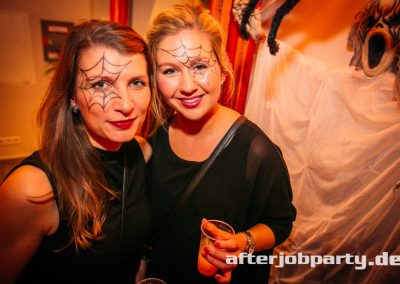 2019-10-31-Halloween-AfterJobParty-offenblende-NK-45