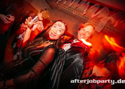 2019-10-31-Halloween-AfterJobParty-offenblende-NK-47