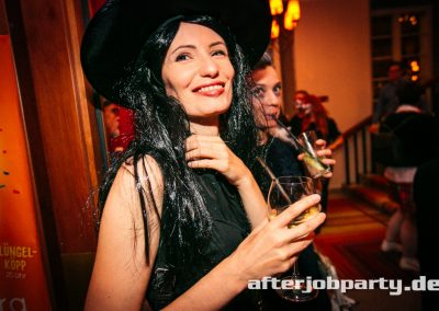 2019-10-31-Halloween-AfterJobParty-offenblende-NK-49