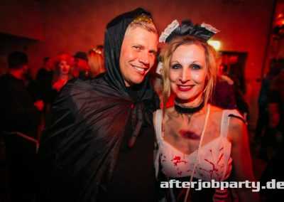 2019-10-31-Halloween-AfterJobParty-offenblende-NK-50