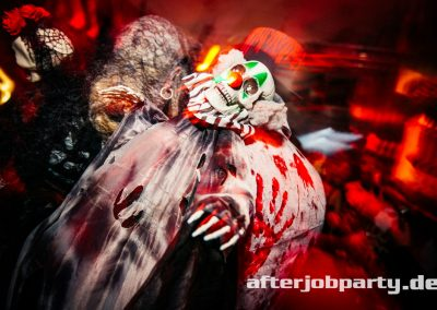 2019-10-31-Halloween-AfterJobParty-offenblende-NK-51