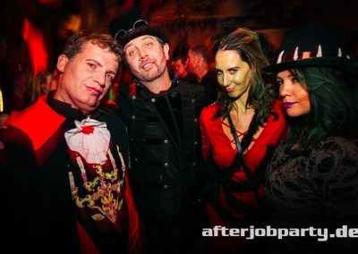 2019-10-31-Halloween-AfterJobParty-offenblende-NK-57