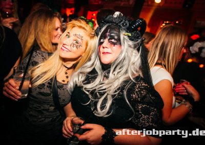 2019-10-31-Halloween-AfterJobParty-offenblende-NK-65