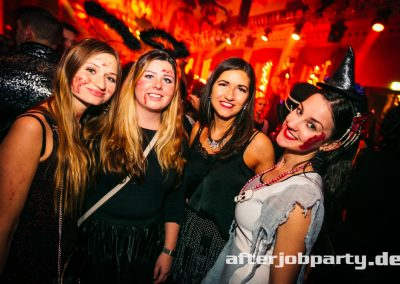2019-10-31-Halloween-AfterJobParty-offenblende-NK-73