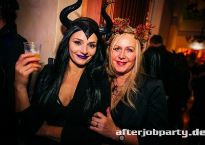 2019-10-31-Halloween-AfterJobParty-offenblende-NK-79