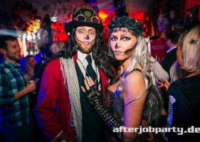 2019-10-31-Halloween-AfterJobParty-offenblende-NK-80