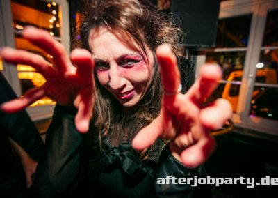 2019-10-31-Halloween-AfterJobParty-offenblende-NK-87