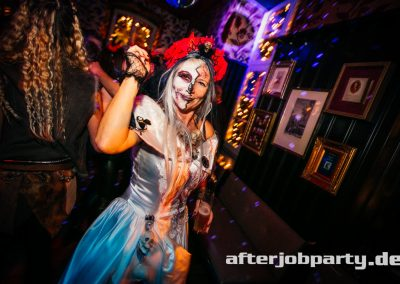 2019-10-31-Halloween-AfterJobParty-offenblende-NK-90