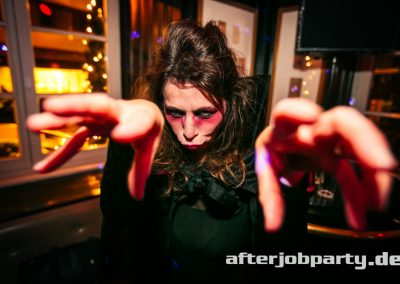 2019-10-31-Halloween-AfterJobParty-offenblende-NK-92