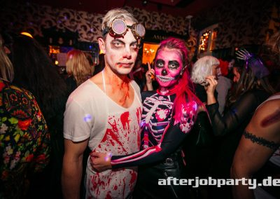 2019-10-31-Halloween-AfterJobParty-offenblende-NK-93